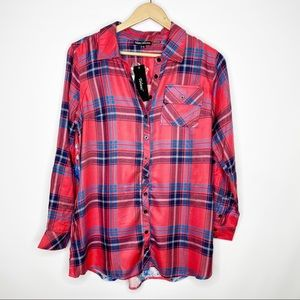 Tolani Plaid Printed Back Button Up Top Small